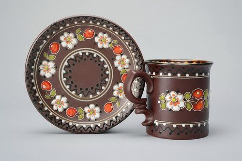 Clay tea cup with saucer - MADEheart.com