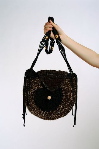 Woven bag with long strap - MADEheart.com