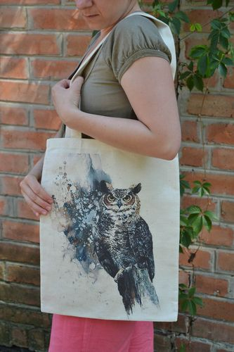 Handmade beautiful female textile bag with designer print in the shape of owl - MADEheart.com