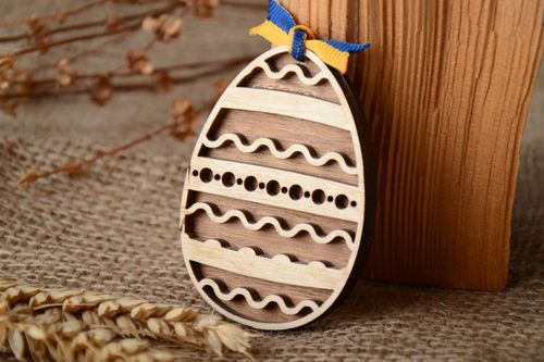Two-layered plywood Easter egg with ornament - MADEheart.com