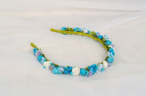 Headband with blue artificial flowers - MADEheart.com