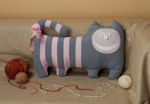 Toy pillow Cheshire cat - MADEheart.com