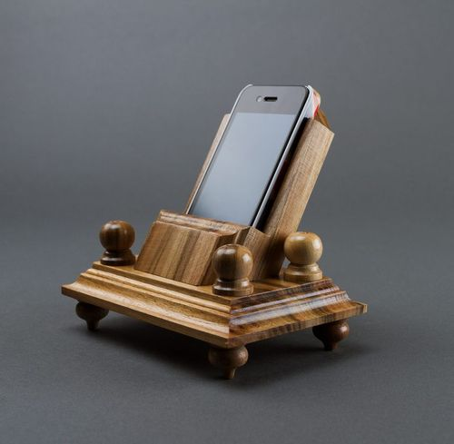 Wooden phone stand - MADEheart.com