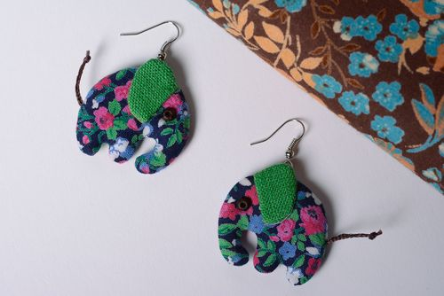 Beautiful earrings hand made of linen and cotton fabric in the shape of elephants - MADEheart.com