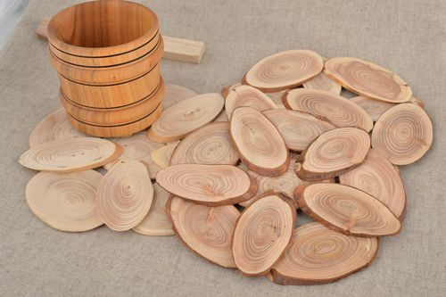 Set of 3 handmade eco friendly wooden trivets of different sizes for hot pots - MADEheart.com