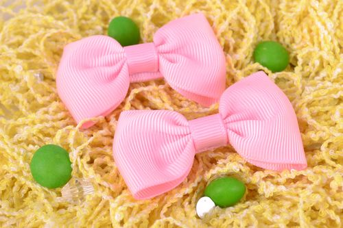 Gentle pink small handmade bow hair clips set 2 pieces - MADEheart.com