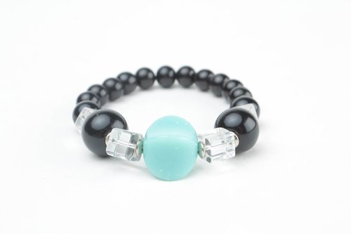 Bracelets with natural stones - MADEheart.com