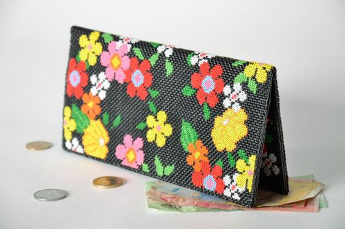 Embroidered wallet-clutch - MADEheart.com