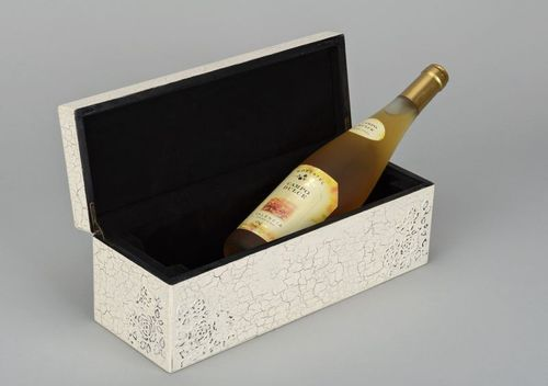 Wooden box for bottle - MADEheart.com