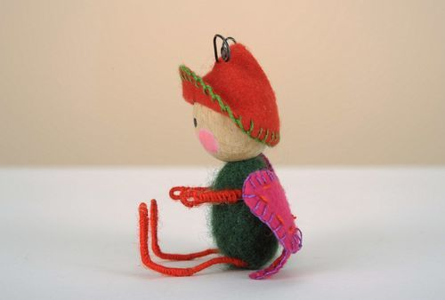 Felt toy Small elf - MADEheart.com