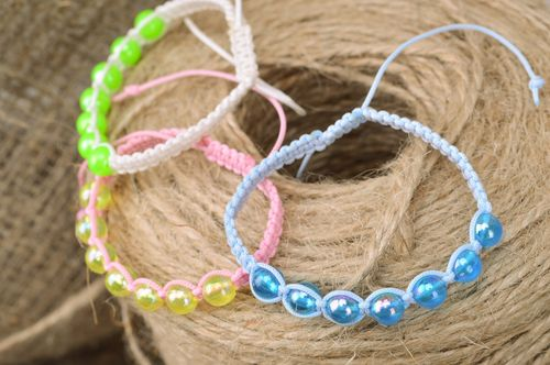 Set of handmade woven bead bracelets of different colors 3 items - MADEheart.com