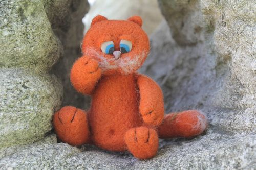 Toy Red cat - MADEheart.com