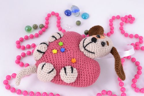 Soft crochet toy dog with big heart - MADEheart.com
