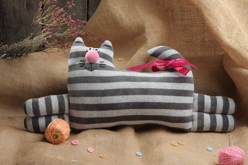 Handmade pillow pet soft toy accent pillow gifts for kid for decorative use only - MADEheart.com