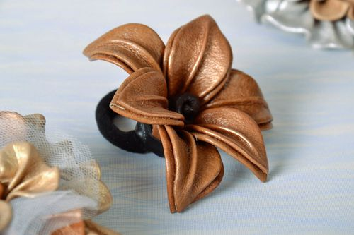 Leather scrunchy - MADEheart.com