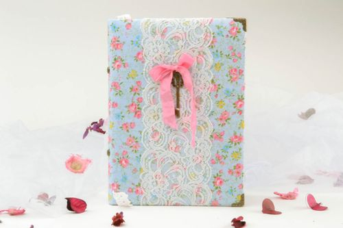 Notepad with lace - MADEheart.com