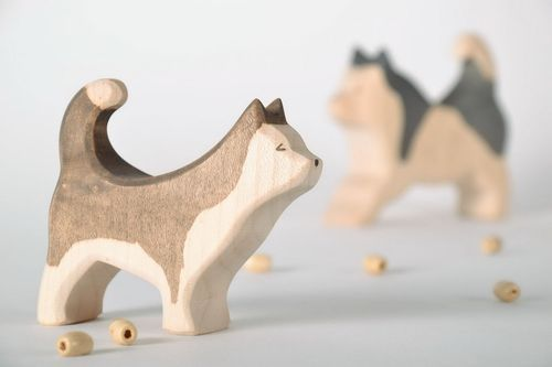 Figurine cut out from wood Husky - MADEheart.com