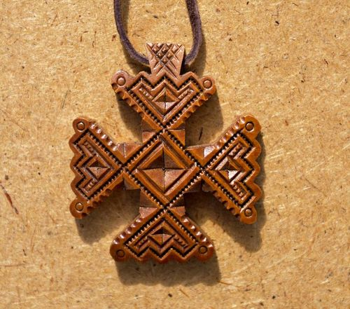 Carved wooden cross - MADEheart.com