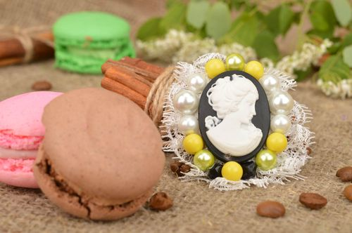 Handmade beautiful female brooch cameo in yellow and green beads with lace - MADEheart.com