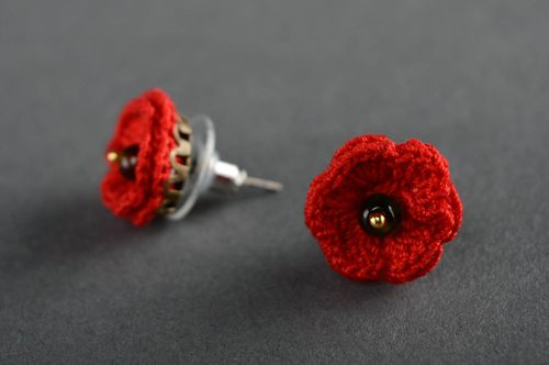 Stud earrings crocheted of cotton threads - MADEheart.com