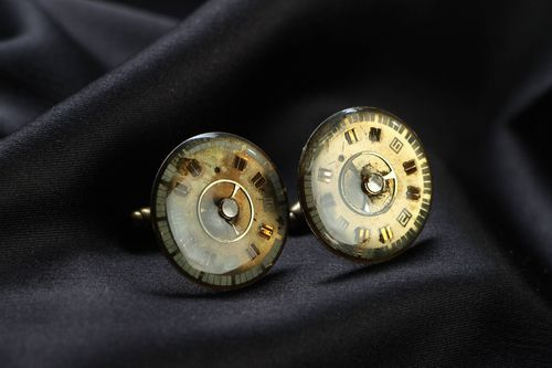 Round cuff links in steampunk style - MADEheart.com