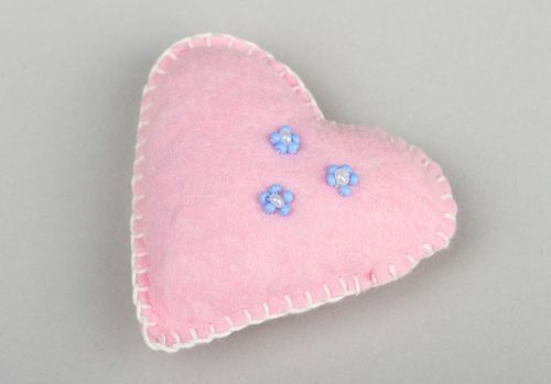 Decorative pink heart - MADEheart.com