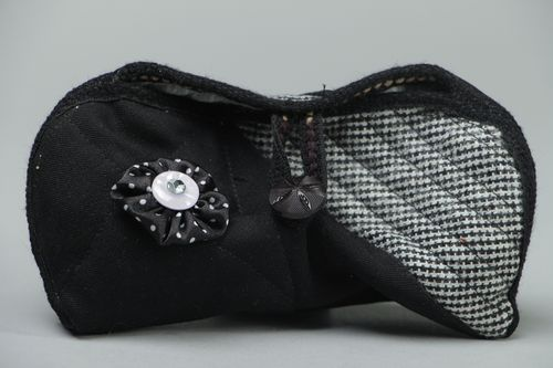 Handmade soft fabric sunglasses case - MADEheart.com