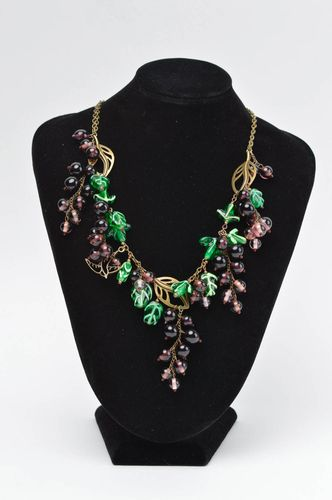 Stylish handmade glass bead necklace beautiful jewellery fashion accessories - MADEheart.com