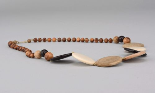 Necklace made of different kinds of wood with a clasp - MADEheart.com
