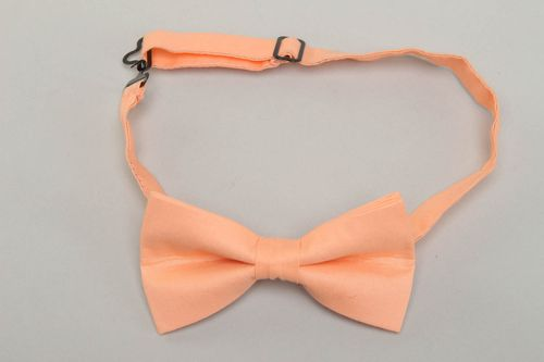 Beautiful peach bow tie for shirt - MADEheart.com