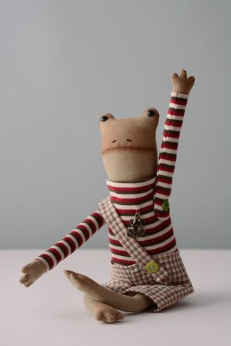 Fabric toy Frog - MADEheart.com