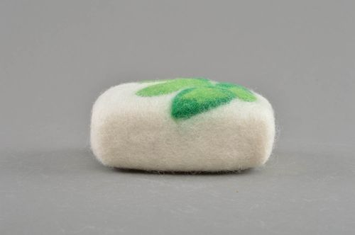 Beautiful homemade designer unusual white felted wool bath sponge soap box - MADEheart.com