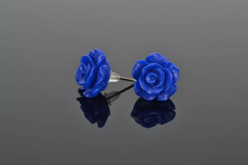 Polymer clay stud earrings Blue Roses - MADEheart.com