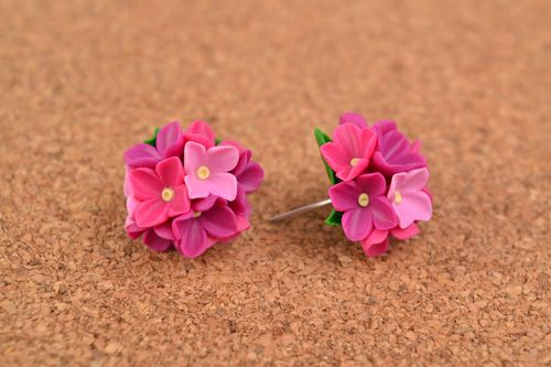 Homemade polymer clay stud earrings with lilac flower bouquets for ladies - MADEheart.com