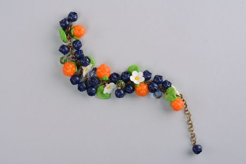 Plastic bracelet with flowers and berries - MADEheart.com