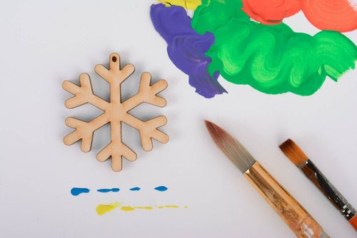 Blank magnet in the shape of snowflake - MADEheart.com