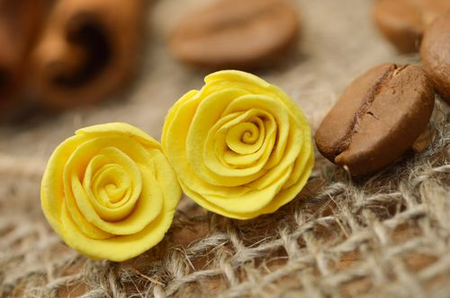 Handmade polymer clay flower stud earrings in the shape of yellow roses - MADEheart.com