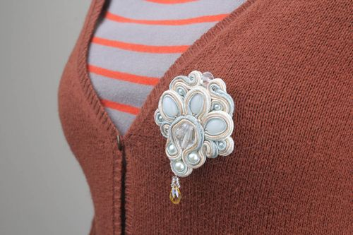Brooch made of soutache ribbon - MADEheart.com