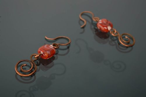 Boucles doreilles artisanales technique wire wrapping - MADEheart.com