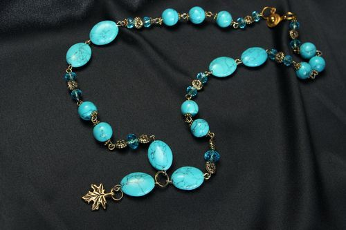 Necklace with turquoise - MADEheart.com