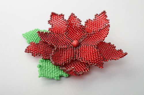 Beaded brooch in the shape of red flower - MADEheart.com
