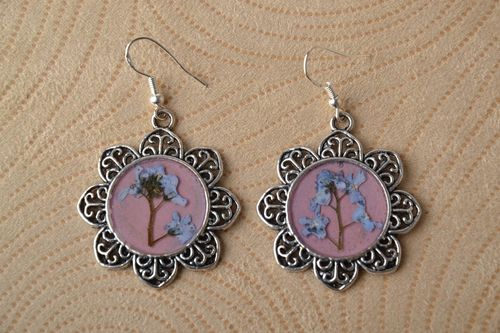 Handmade earrings with natural flowers - MADEheart.com