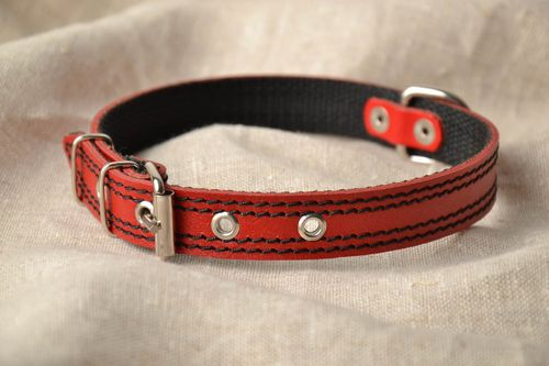 Red leather dog collar - MADEheart.com