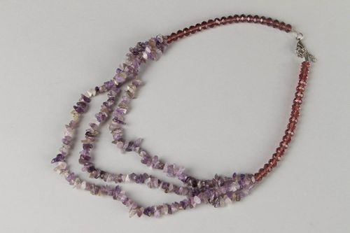 Bead necklace made of amethyst and glass - MADEheart.com