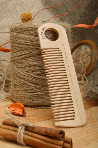 Eco friendly handmade wooden hair comb for men and women - MADEheart.com