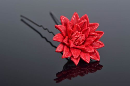 Beautiful red handmade designer polymer clay flower hairpin - MADEheart.com