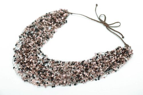 Necklace made of beads - MADEheart.com
