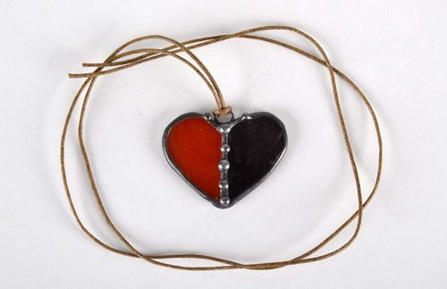 Stained glass pendant Red and black heart - MADEheart.com