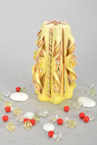 Yellow paraffin candle - MADEheart.com