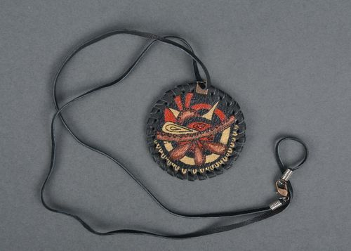 Pendant made of leather in ethnic style - MADEheart.com